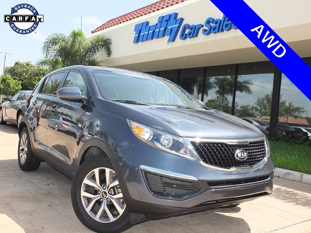 2014 Kia Sportage LX Blue AWD Tough to beat this deal Clear sightlines  Tired of the same du