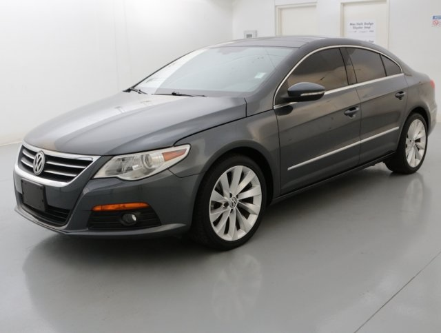 2012 Volkswagen CC Lux Gray NAVIGATION POWER SUNROOFMOONROOF LEATHER SEATING Set down t
