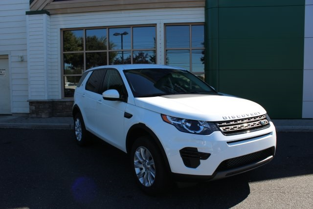2016 Land Rover Discovery SE White 375 Axle Ratio8-Way Power Front SeatsPartial Leather Seat T