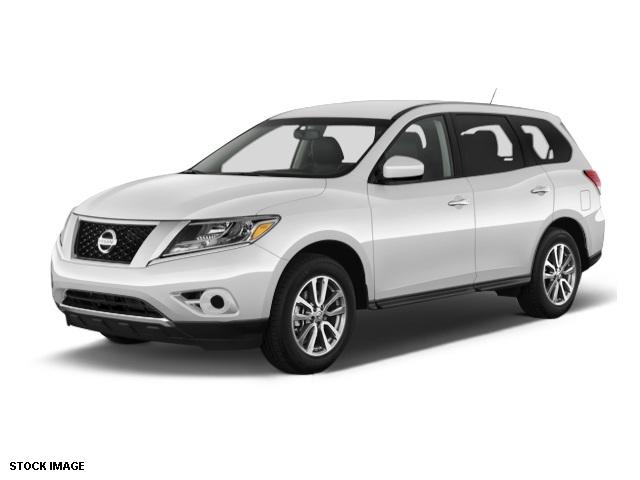 2014 Nissan Pathfinder S Silver 5577 Axle RatioFront Bucket SeatsCloth Seat TrimRadio AMFMM