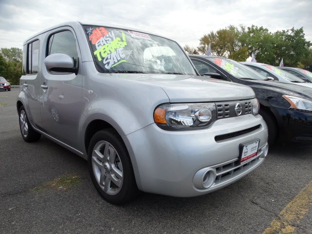 2013 Nissan Cube 18 S Gray Nissan Certified Wow What a sweetheart My My My What a deal If