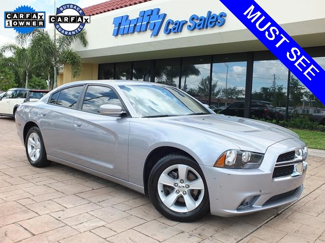 2013 Dodge Charger SE Silver ONE OWNER AUTOMATIC CERTIFIED PRE-OWNED and STILL U