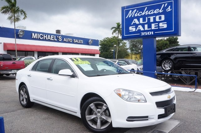 2012 Chevrolet Malibu LS White Are you READY for a Chevrolet March on down here This 2012 Ma