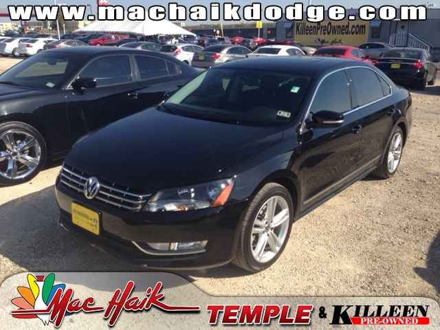 2014 Volkswagen Passat TDI SEL Premium Black CLEAN ONE OWNER CARFAX HISTORY REPORT Gorgeous P
