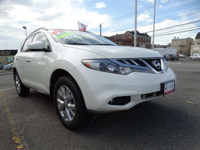 2013 Nissan Murano SL Nissan Certified CVT with Xtronic AWD ABS brakes Alloy wheels Auto-dimmi