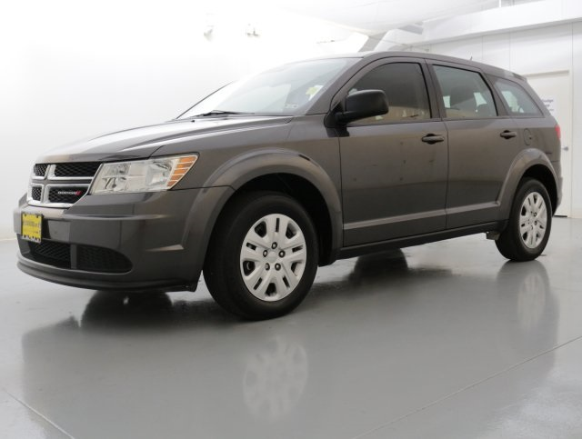 2015 Dodge Journey SE Gray CLEAN ONE OWNER CARFAX HISTORY REPORT Wow What a nice smaller SUV