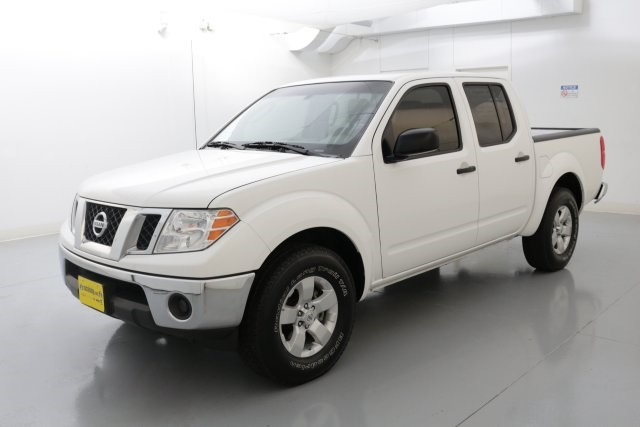 2011 Nissan Frontier SV White CLEAN CARFAX HISTORY REPORT SV PACKAGE CREW CAB Set down t