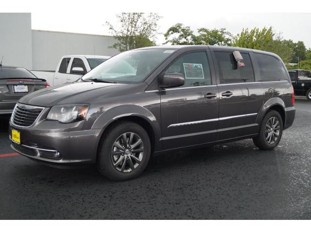 2015 Chrysler Town  Country S Gray Price includes 500 - Southwest Chrysler Capital 2015 Bonus