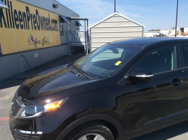 2013 Kia Sportage Base Black Low pricing means less worry Newly designed model makeup welcomes a