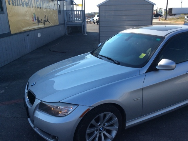 2011 BMW 3 Series 328i Silver CLEAN CARFAX HISTORY REPORT The 3-Series is European automaking