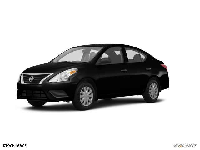 2015 Nissan Versa 16 S Black 15 Steel Wheels wFull Wheel CoversAdjustable Front Bucket SeatsC
