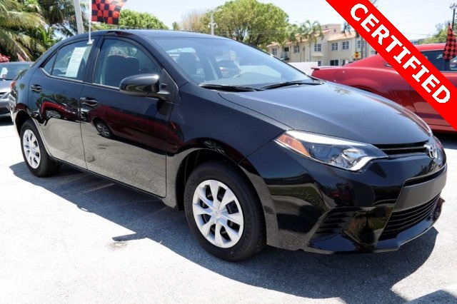 2016 Toyota Corolla L Black CLEAN CARFAX ONE OWNER LOW MILES NON-SMOKER CER