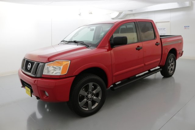 2012 Nissan Titan SV Red CLEAN ONE OWNER CARFAX HISTORY REPORT      I knew that would ge