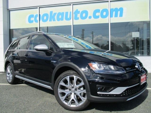 2017 Volkswagen Golf Alltrack TSI SEL 4-Door Black Right wagon Right price Call and ask for det