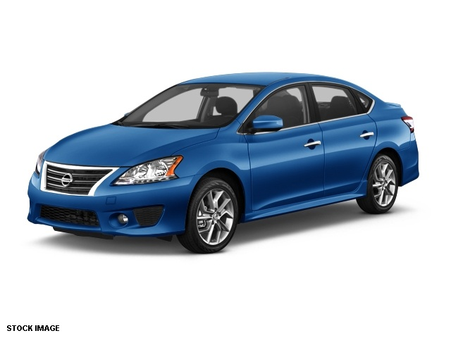2014 Nissan Sentra SR Blue Front Bucket SeatsPremium Sport Cloth Seat TrimAMFMCD Audio System