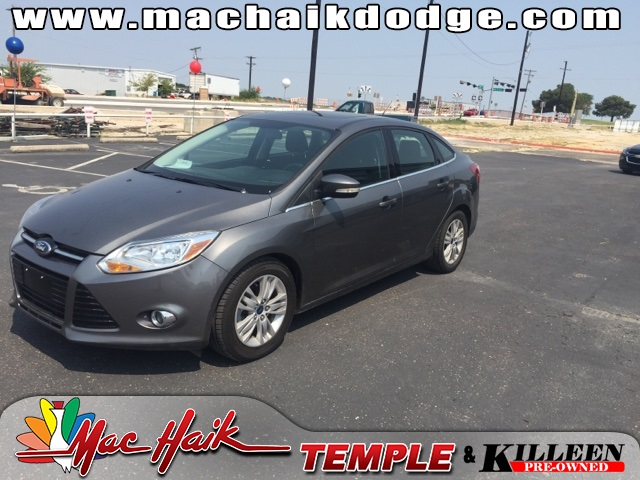 2012 Ford Focus SEL Gray CLEAN CARFAX HISTORY REPORT 37 MPG HIGHWAY Imagine yourself behind