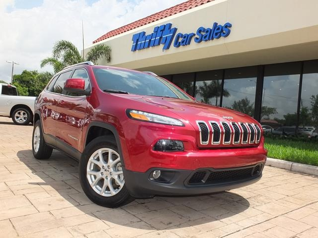 2015 Jeep Cherokee Latitude Red AUTOMATIC CERTIFIED PRE-OWNED STILL UNDER FACTORY WAR