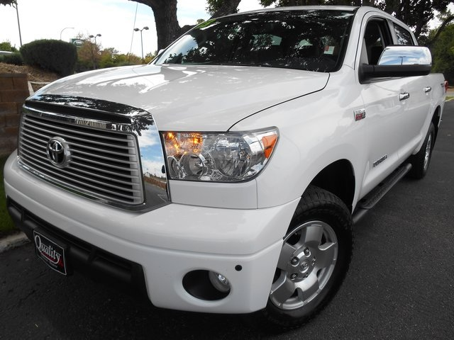 2013 Toyota Tundra Limited White LOOK Hard to find 2013 Toyota Tundra Limited 57L V8 4X4 This
