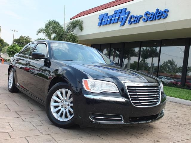 2013 Chrysler 300 Black ACCIDENT FREE CARFAX LEATHER AUTOMATIC STILL UNDER FACTO