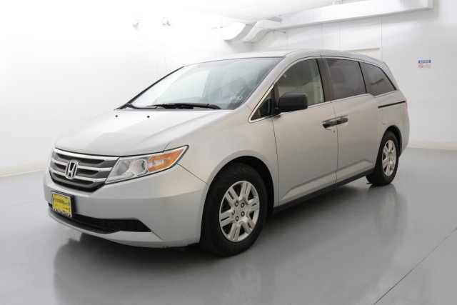 2012 Honda Odyssey LX Silver CLEAN ONE OWNER CARFAX HISTORY REPORTMeet Hondas fourth-generat