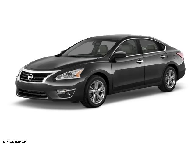 2015 Nissan Altima 25 SV Black 17 x 75 Aluminum WheelsFront Bucket SeatsCloth Seat TrimRadi
