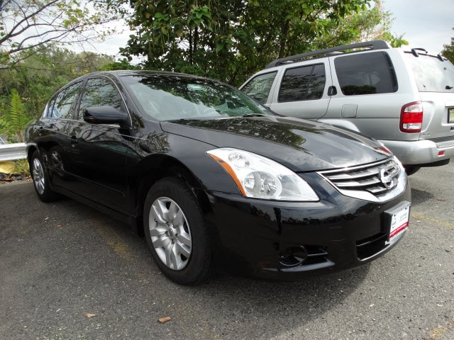 2012 Nissan Altima 25 S Silver Nissan Certified and CVT with Xtronic Gauges are engineering good