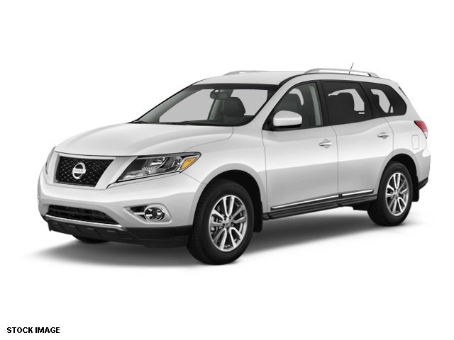 2014 Nissan Pathfinder SL Silver 5577 Axle RatioHeated Front  Rear Bucket SeatsLeather Seating