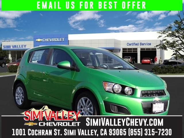 2015 Chevrolet Sonic LT Green Turbo Isnt it time for a Chevrolet NEW ARRIVAL  If you deman