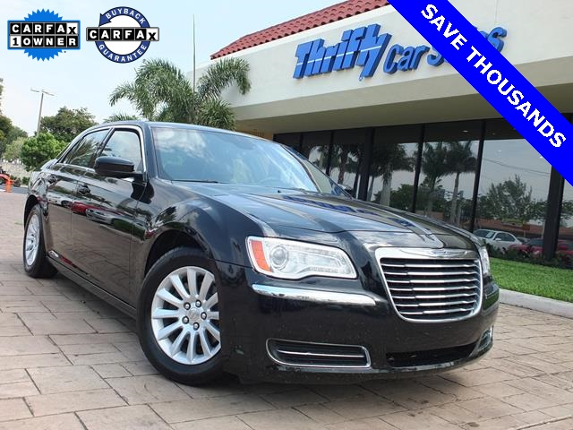 2013 Chrysler 300 Black ACCIDENT FREE CARFAX ONE OWNER and AUTOMATIC Thrifty Certi