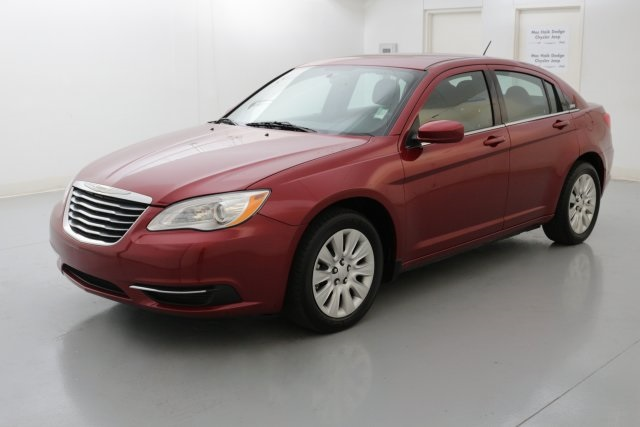 2014 Chrysler 200 LX Red CERTIFIED WARRANTY CLEAN ONE OWNER CARFAX HISTORY REPORT How woul