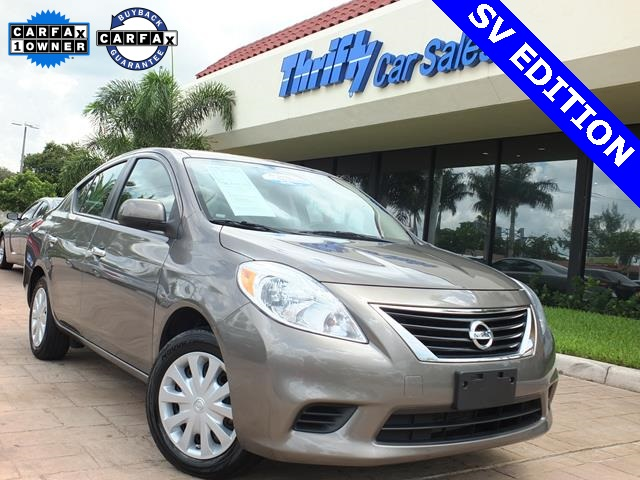 2013 Nissan Versa 16 S Gray Wow What a sweetheart What an outstanding deal Type your sentence
