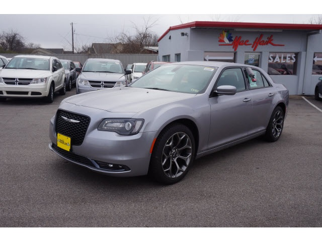 2015 Chrysler 300 S Silver Price includes 2500 - SW Retail Consumer Cash  63C1 Exp 1102