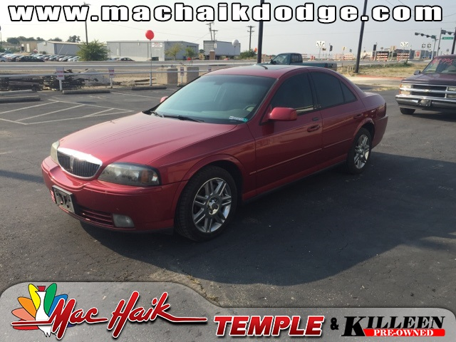 2004 Lincoln LS V8 Red CLEAN CARFAX HISTORY REPORT VALUE PRICINGThis stunning 2004 Lincoln