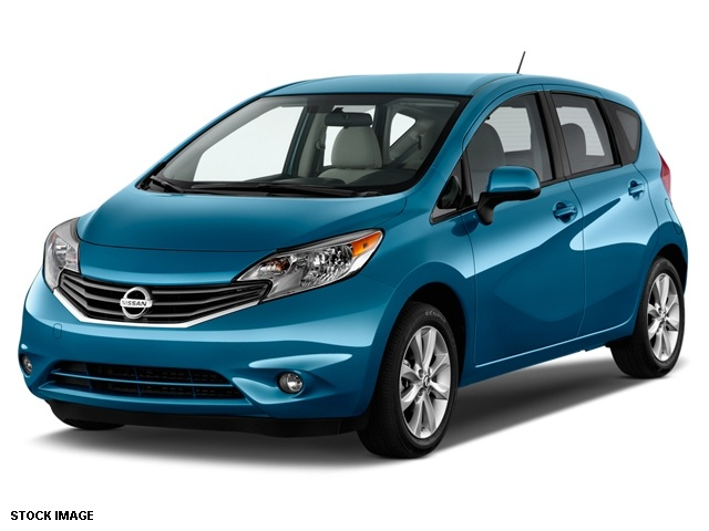 2015 Nissan Versa Note SV Blue 15 Steel Wheels wFull Wheel CoversUpgraded Cloth Seat TrimAMFM