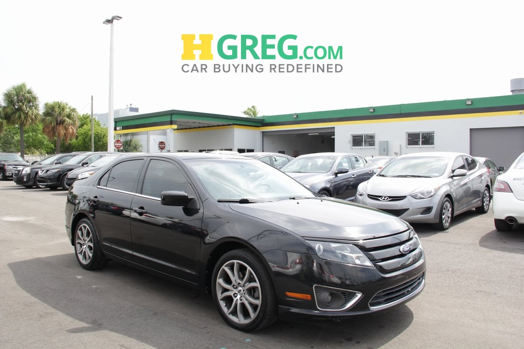 2010 Ford Fusion SE Black CLEAN CARFAX Great Easy Financing Terms for all Credits