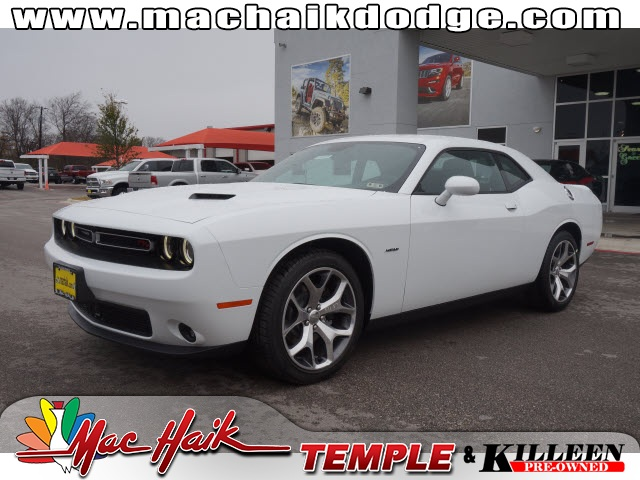 2015 Dodge Challenger SXT White Move quickly Wont last long Put down the mouse because this 2