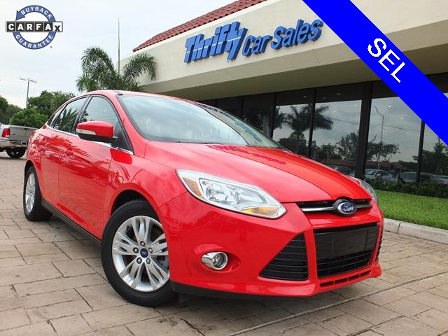 2012 Ford Focus SEL Red ACCIDENT FREE CARFAX AUTOMATIC STILL UNDER FACTORY WARRANTY