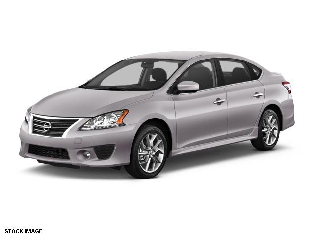 2014 Nissan Sentra SR Gray Front Bucket SeatsPremium Sport Cloth Seat TrimAMFMCD Audio System