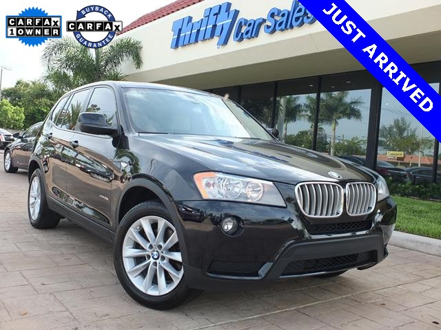 2013 BMW X3 xDrive28i Black 8-Speed Automatic Steptronic Moves at the speed of light Rooooomy