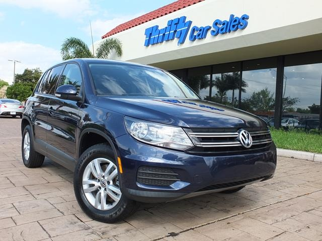 2012 Volkswagen Tiguan S Blue ACCIDENT FREE CARFAX ONE OWNER AUTOMATIC LOW MILES