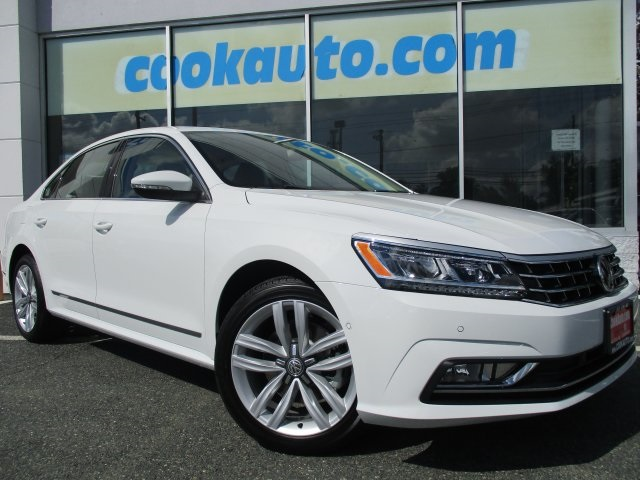 2017 Volkswagen Passat 18T SEL Premium White Move quickly Wont last long Be the talk of the