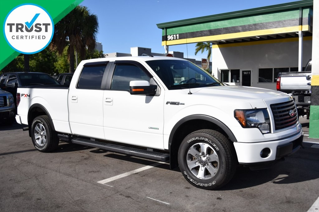 2011 Ford F-150 FX4 White CLEAN CARFAX Great Easy Financing Terms for all Credits