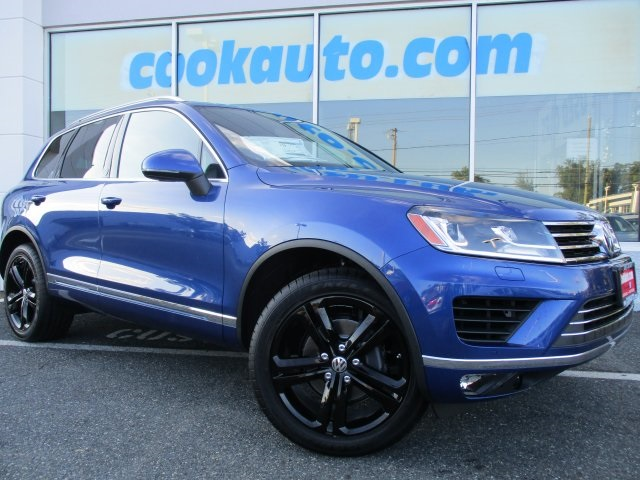 2017 Volkswagen Touareg V6 Blue GPS Nav All Wheel Drive If youve been yearning to get your h