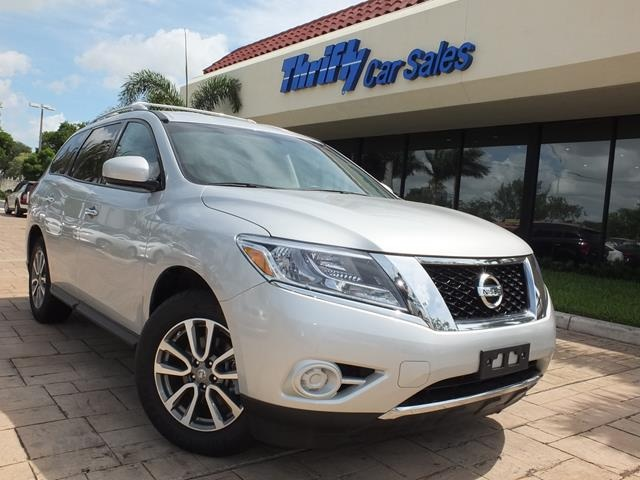 2013 Nissan Pathfinder SV Silver ACCIDENT FREE CARFAX AUTOMATIC CERTIFIED PRE-OWNED