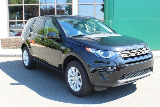 2016 Land Rover Discovery SE Black 375 Axle Ratio8-Way Power Front SeatsPartial Leather Seat T