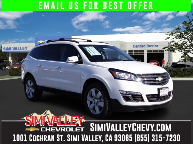 2016 Chevrolet Traverse LT White Thsi SUV has everyhting ofr the family trip Well reviewed and