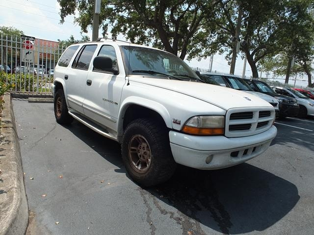 1999 Dodge Durango Base White Cloth High-Back Bucket SeatsCassetteFront Bucket SeatsFront Cuph
