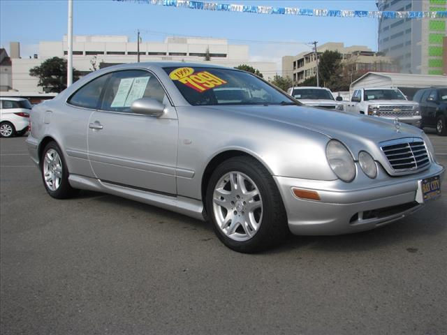 1999 Mercedes CLK-Class CLK430 8 SpeakersAMFM radioCassetteAir ConditioningAutomatic temperatu