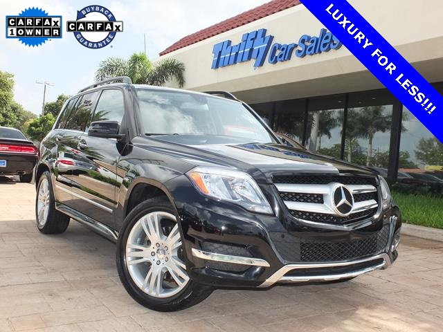 2013 Mercedes-Benz GLK-Class GLK350 Black Leather Levers and controls are a walk in the park to