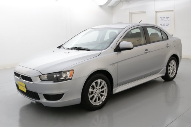 2014 Mitsubishi Lancer ES Silver ONE OWNER CLEAN CARFAX HISTORY REPORT This wonderful 2014